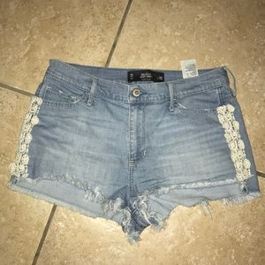 Hollister High Rise Short Short Size 30
